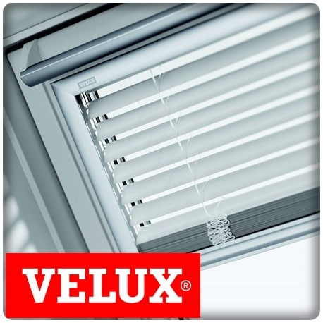 poser un store velux excellent rideaux pour fentre de toit with poser un store velux amazing. Black Bedroom Furniture Sets. Home Design Ideas