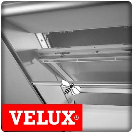 Bricol 39 home moustiquaire velux pose fen tre de toit for Installer fenetre de toit