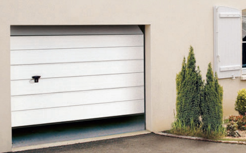 Bricol 39 home porte de garage sectionnelle iso 20 - Porte de garage sectionnelle a cassette ...