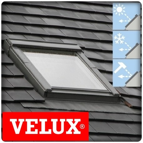 velux tout confort 114x118 beautiful velux pvc x kit tanchit neuf option montage with velux. Black Bedroom Furniture Sets. Home Design Ideas